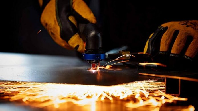 Best Plasma Cutters – Reviews and Top Picks