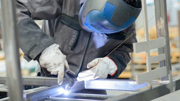 Best TIG Welding Gloves – Reviews and Top Picks