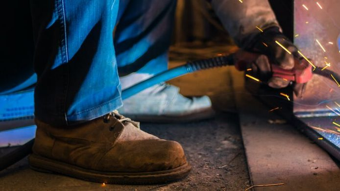 Best Welding Boots for Safety & Comfort – Reviews & Buying Guide