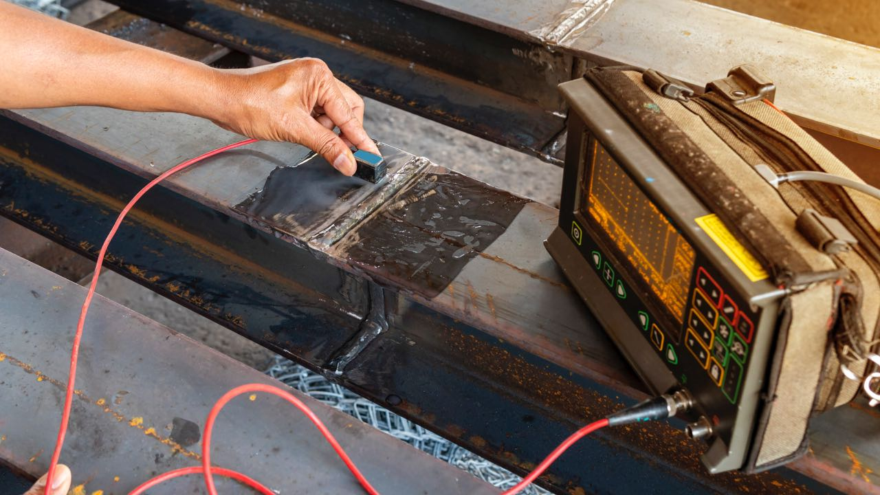 Checking defect in welded of steel add joint with process Ultrasonic testing (UT)