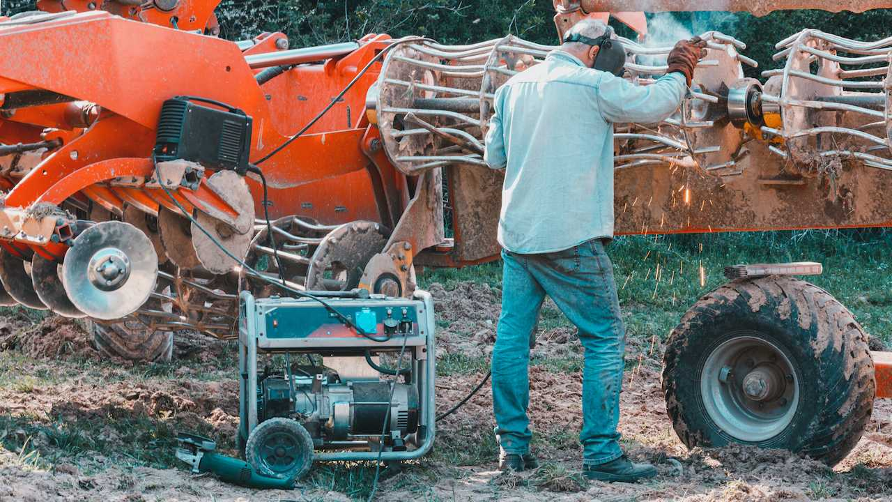 what size generator for welder
